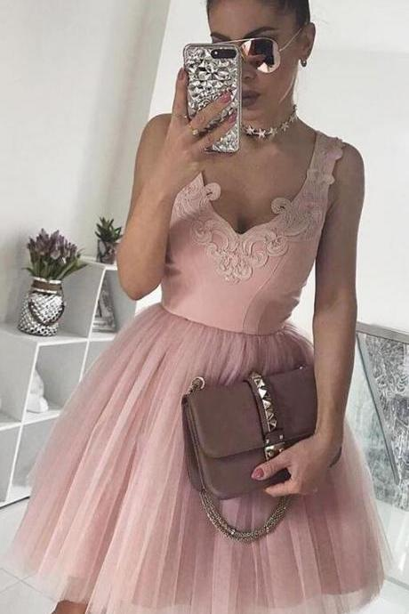 Pink Homecoming Dress,Short Prom Dress,A-Line Homecoming Dress,V-Neck Prom Dresses,Appliques Prom Dresses,Tulle Homecoming Dresses,Short Homecoming Dress