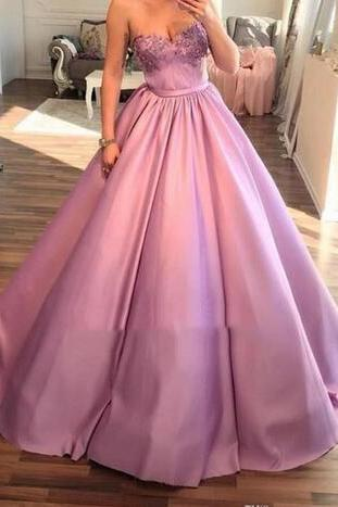 Ball Gown Prom Dresses,Sweetheart Satin Prom Dress,Floor Length Applique Prom Dress,Cheap Evening Gowns ,Plus Size Formal Dress Party Evening